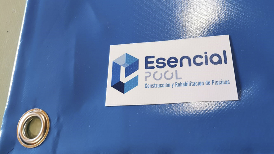 ejemplo cobertor con logotipo